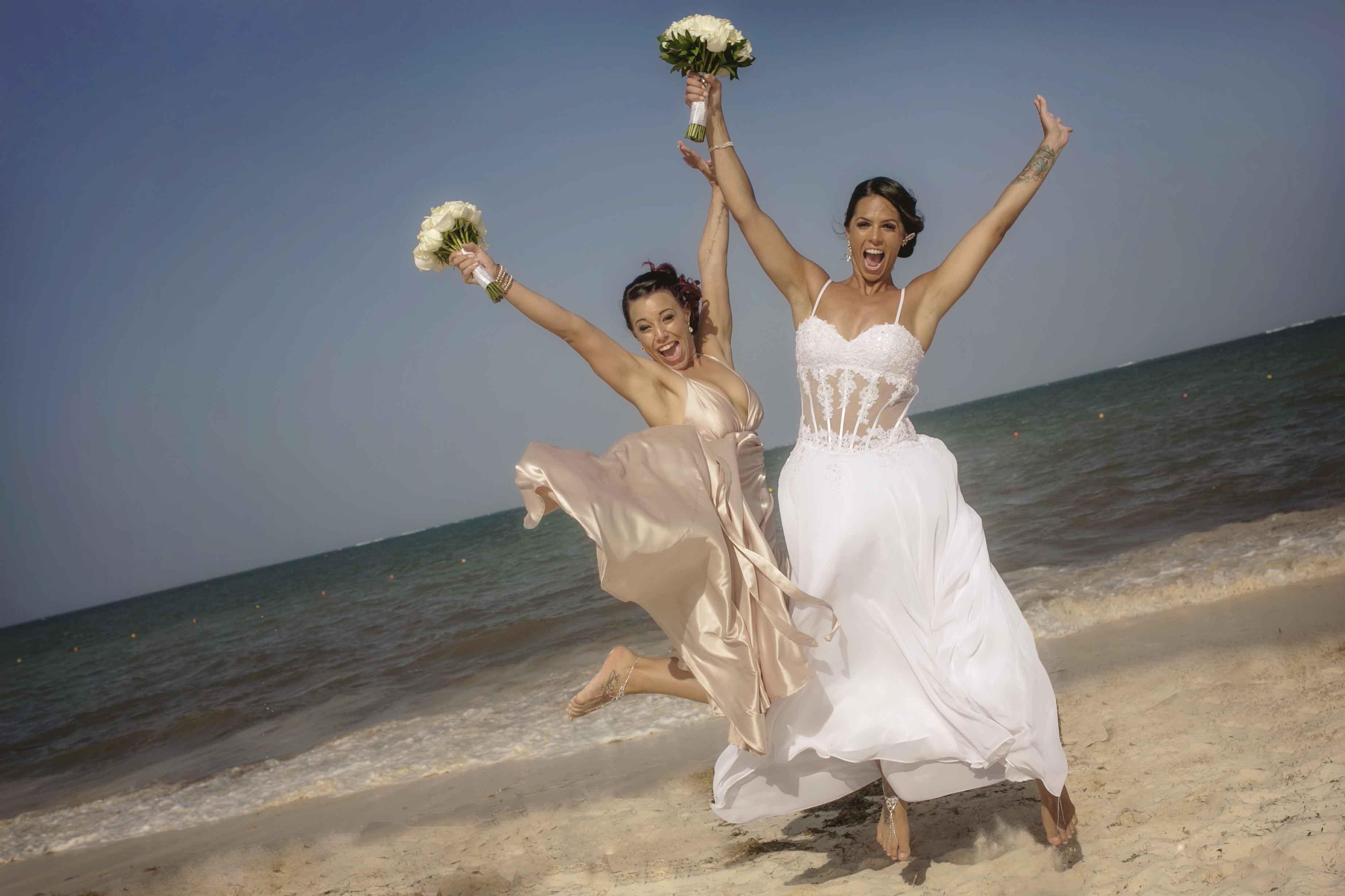 43 Wedding Photographers Surrey Bc Charlene Phoenix Photography Photos Pictures British